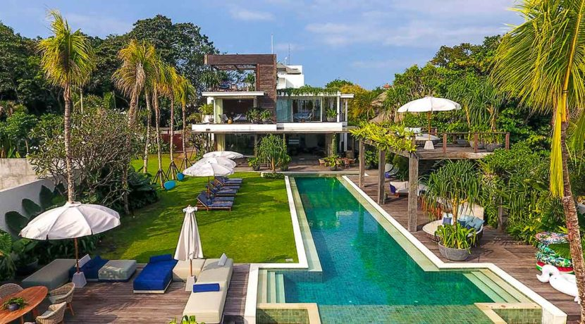 Noku Beach House - Beachfront Villa in Seminyak