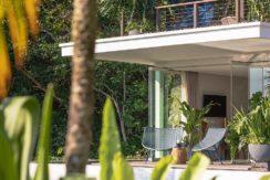 Noku-Beach-House---Lush-tropical-villa