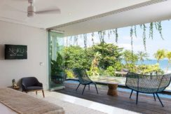 Noku Beach House - Bedroom Outlook