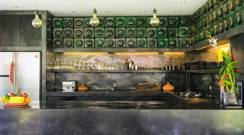 VillaFlorimar_20_Kitchen