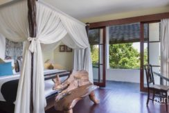 The Longhouse Villa - Bedroom