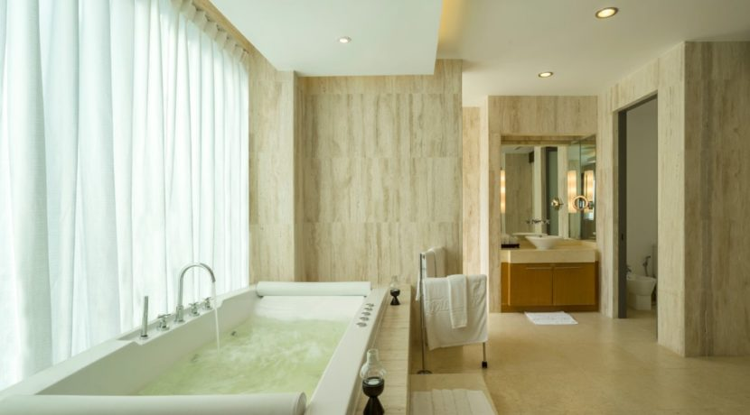 One Waterfall Bay Villa - Master ensuite