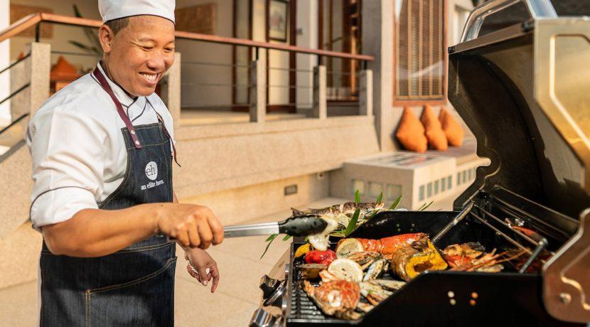 Villa Baan Bon Khao - Chef in action