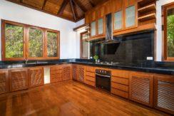 Villa Baan Bon Khao - Contemporary kitchen design