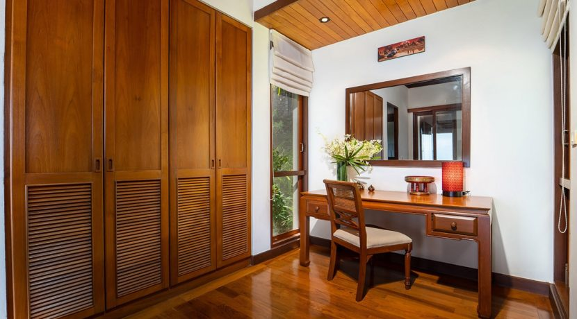 Villa Baan Bon Khao - Master suite dressing room preview