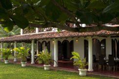 Ocean's Edge Villa - Front veranda