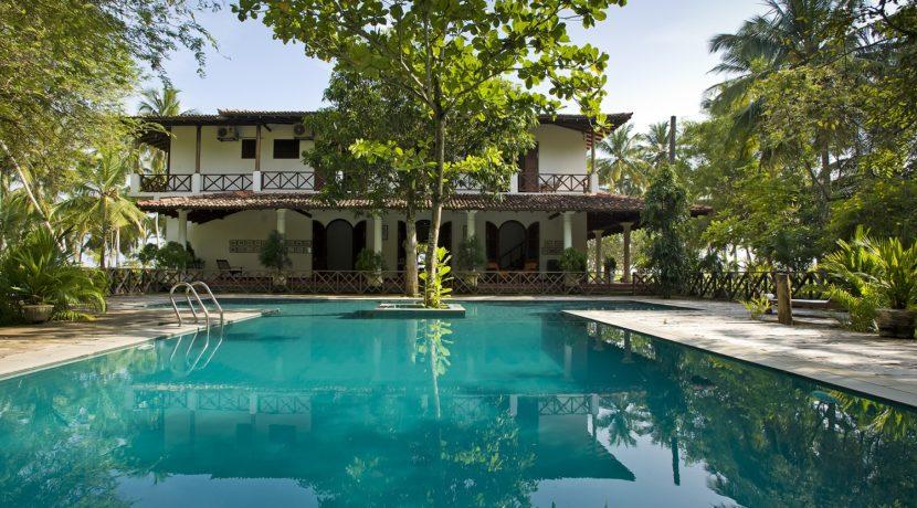 Ocean's Edge Villa - Private Pool Villa in Srilanka