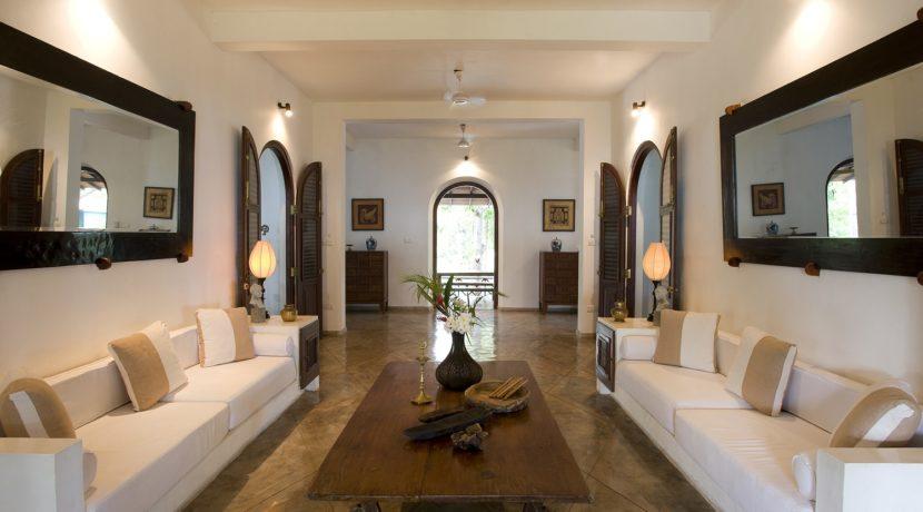 Ocean's Edge Villa - Living room