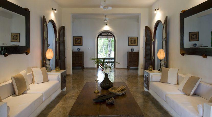 Ocean's Edge Villa - Living room alternate view