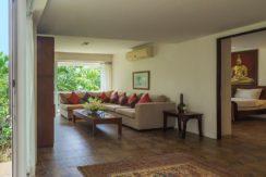 Villa Amanzi - Guest bedroom six sitting area