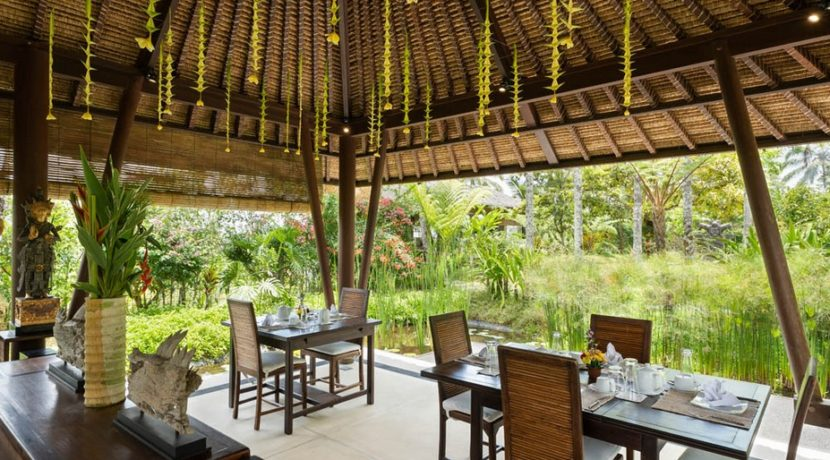 Villa Awan Biru - Dining Area