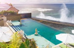 Villa Bayu Gita Beachfront - Luxury Beach Front Villa