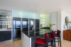 Villa Saan - Featured Kitchen and Bar