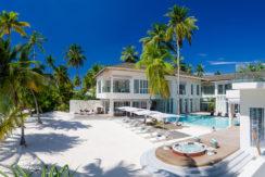 Amilla Villa Estate - Absolute Location