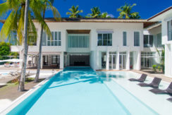 Amilla Villa Estate - Clean Lines