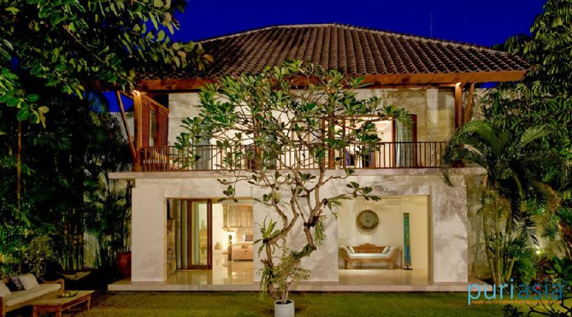 Casa Evaliza - Villa at Night