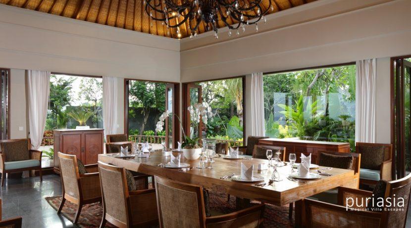 Shanti Residence - Dinning area
