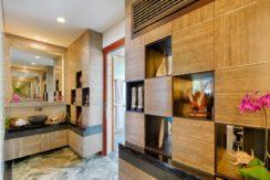 Villa Bidadari Cliffside Estate - Master Bathroom