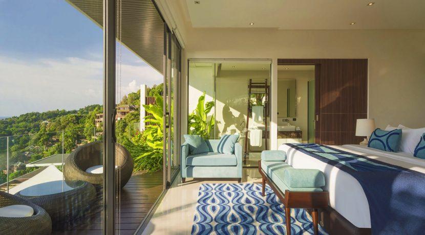 Villa Samira - Guest bedroom with private sea-view balcony
