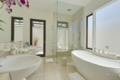 Pandawa Cliff Estate - The Pala Bathroom