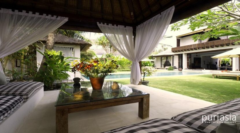Majapahit Villas - Living area