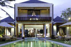 Majapahit Villas - Luxury Beachfront Villas in Saba Bay