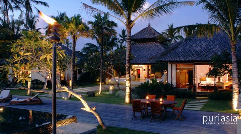 Villa Ombak Luwung - Villa at Night