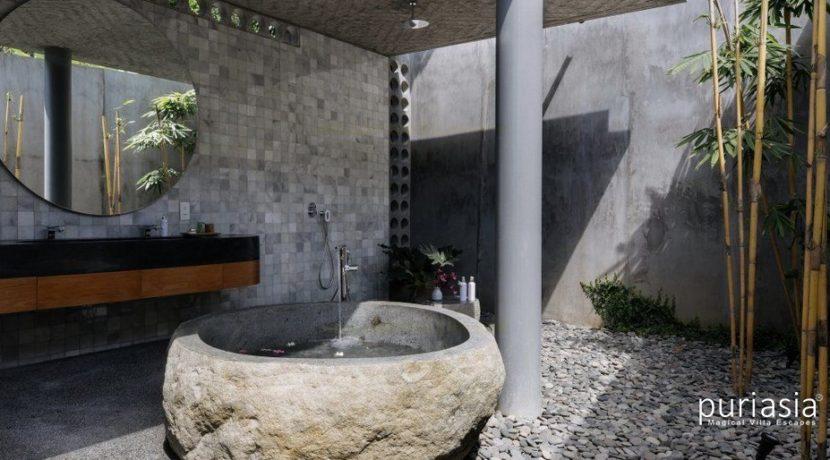 Casabama Villas - Master Bathroom