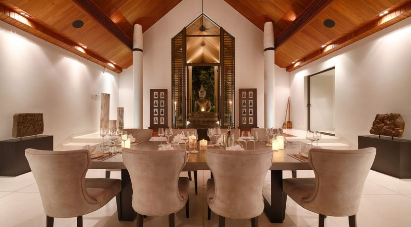 Villa Naam Sawan - Dining Area