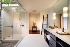 Villa Ananda - Bathroom