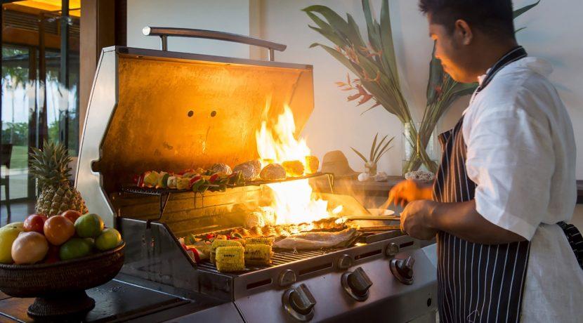 Villa Ananda - Chef in action