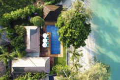 Villa Waimarie - Absolute beachfront villa