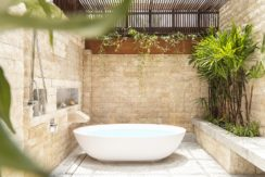 Villa Waimarie - Semi outdoor bathtub