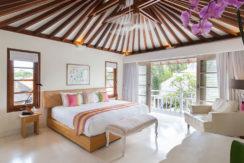 11.-Jajaliluna---upstairs-guest-room