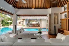 6.-Jajaliluna---media-room-and-pool