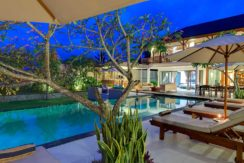 16-Villa-Asada---Pool-area-at-dusk