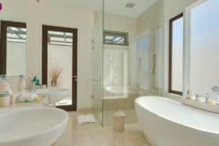 Villa The Pala - Bathroom