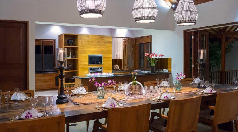 21-Villa-Asada---Dining-table-set-up