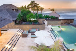 23.-Villa-Bayu-Gita-Beachfront---Pool-and-deck