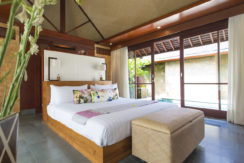 24. Villa Bayu Gita Beachfront - Master suite two