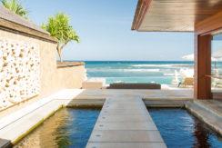3.-Villa-Bayu-Gita-Beachfront---Pathway-to-deck