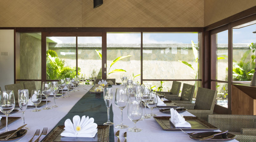 6. Villa Bayu Gita Beachfront - Indoor dining