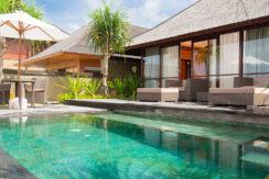 7.-Villa-Bayu-Gita-Beachfront---Master-suite-one-plunge-pool