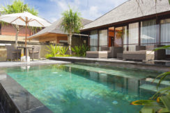 7. Villa Bayu Gita Beachfront - Master suite one plunge pool