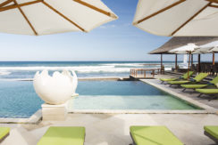 8. Villa Bayu Gita Beachfront - Ocean view