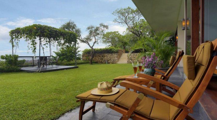 The Longhouse Villa - Garden