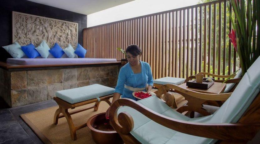 The Longhouse Villa - Massage Room