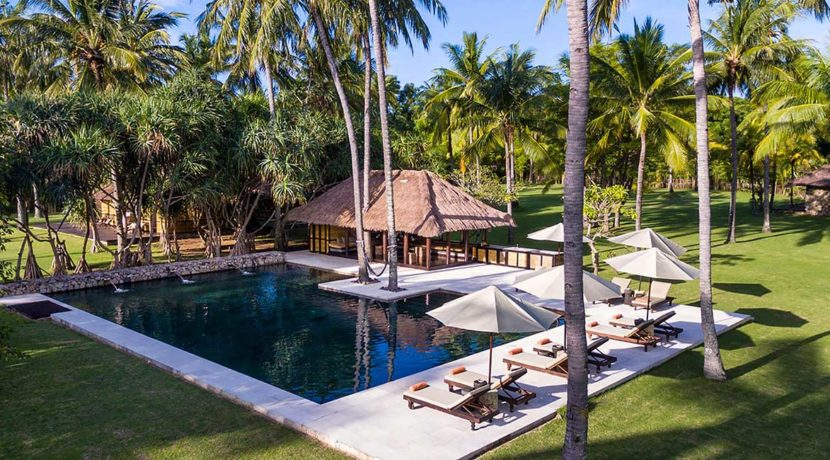 Sira-Beach-House---Relax-and-relish