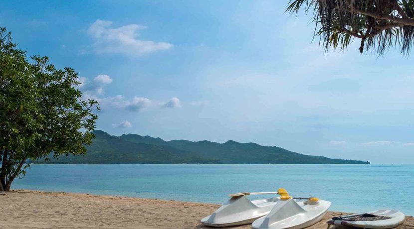 Sira-Beach-House---Tropical-paradise