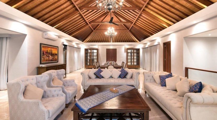 Villa Bale Agung - Living Room